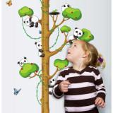 Cumpara ieftin Sticker decorativ cu gradatie pentru inaltime Metru Panda autocolant de perete pentru camera copii, 90x60cm