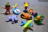 Figurine Disney, Kinder Surprise - Rio si Winnie the Pooh, motocicleta, avion#25, Unisex
