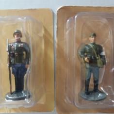 J.Set 2 soldati ARMATA ROSIE