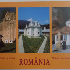 MANASTIRI SI BISERICI ROMANIA , EDITIE BILINGVA ROMANA - ENGLEZA , 2001
