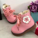 Cumpara ieftin Bocanci roz imblaniti ghete cu floricele pt fetite bebe 20 24, Fete