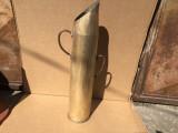 Tub vechi de obuz masiv din alama,vas alama