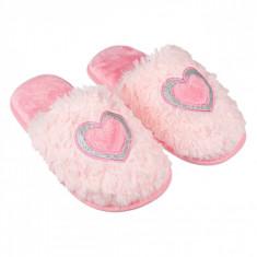 Papuci imblaniti de casa pentru fetite, model cu inima, marime 33-34, roz
