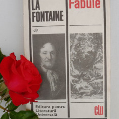 La Fontaine, Fabule