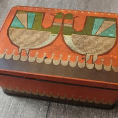 Cutie tabla cu pasari stilizate// AMT Bucuresti, perioada comunista