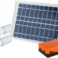 Kit Iluminare Led Incarcare Solara Si 2 Becuri, 5 W, Evotools, 678103, 25X22X10.5 Cm