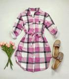 Cumpara ieftin Rochie ieftina casual stil camasa roz deschis cu gri si alb cu carouri si cordon in talie
