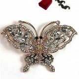 Brosa fluture auriu cu Cristale Swarovski,WINNY COLLETION