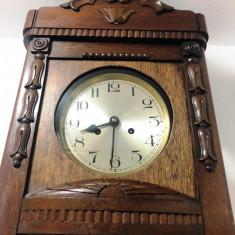 Ceas de perete cu pendula anii 20-30