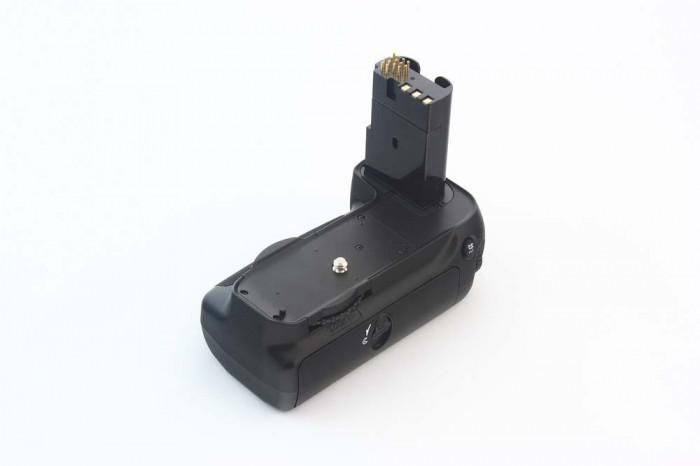 Grip Aputure BP-D80 pentru Nikon D80 D90