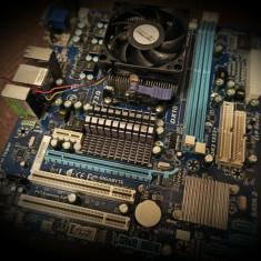 Vand Kit AMD Placa de baza Gigabyte