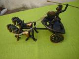 Superb car de lupta tras de 2 cai cu ostas roman cu scut