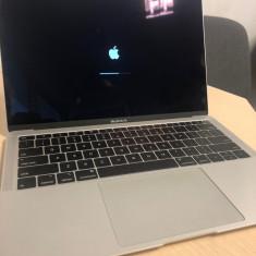 NOU 2018 Apple MacBook Air 13, Retina, i5, 8GB RAM, 128GB SSD, UHDGraph 617, Intel Core i5, 120 GB, 13 inches