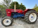 Tractor Universal 445 in stare perfecta de functionare