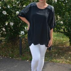 Bluza de vara lejera, model brodat pe ea,paiete la umeri, nuanta negru, 50, 52, 54, 56, 58