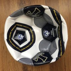 Minge de fotbal Timișoreana . Sponsor oficial Cupa României . Nou .