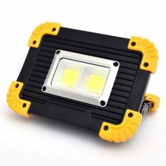 Proiector portabil LED 20W cu acumulatori, lanterna , power bank si antisoc