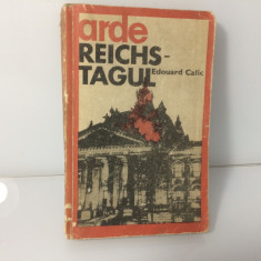 Arde Reichstagul- Edouard Calic