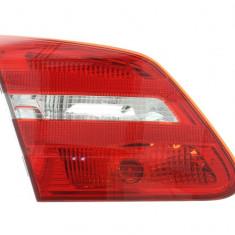 Stop tripla lampa spate stanga (interior culoare sticla: rosu) MERCEDES CLASA B 2011 2018