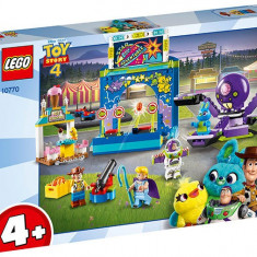 LEGO Toy Story 4 - Carnavalul lui Buzz si Woody 10770