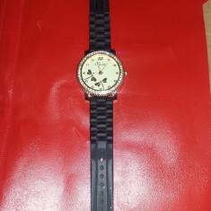 Ceas de dama vintage BOTI cu strasuri,Functional,stare cum se vede,Tp.GRATUIT