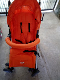 cărucior practic și drăguț