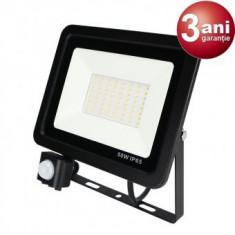 Proiector LED 50W cu Senzor de miscare