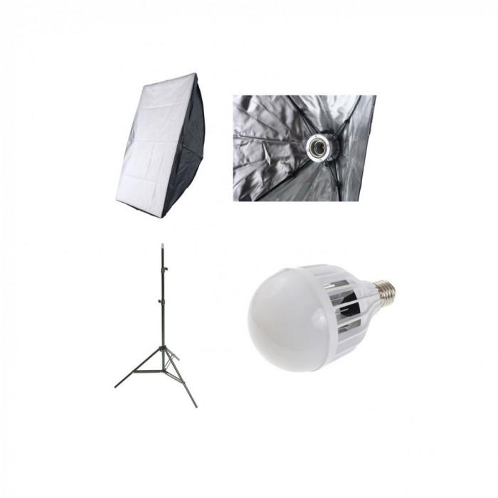 Kit lumina continua foto-video cu Softbox 40x60cm fasung E27 incorporat+stativ+bec LED 30W-6500k