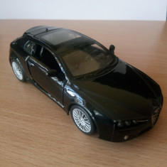 Macheta auto Alfa Brera, Burago