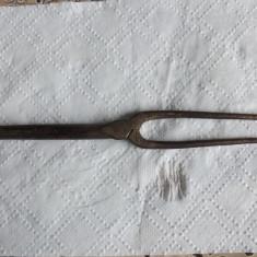 Odulator de par antic.Bronz masiv.