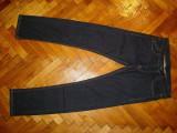 "Blugi Benetton ""Slim""-Marimea W32xL34 (talie-86cm,lungime-111cm)"