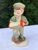 Figurina din portelan japonez TERRA, baietel cantand la acordeon