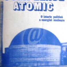 Complexul atomic. O istorie politica a energiei nucleare