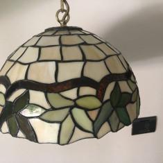 Lampa de tavan pendul ,candelabru,lustra englezeasca,stil Tiffany