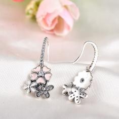 Cercei motive florale incrustati cu pietre Zirconiu