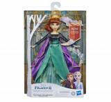Cumpara ieftin Frozen 2 - Papusa Aventura Muzicala Anna