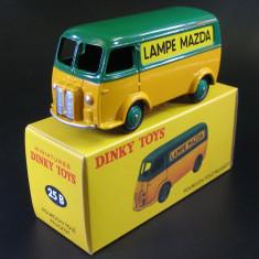 Macheta Fourgon Tole Peugeot D.3.A.LAMPE MAZDA - Dinky Toys