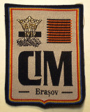 5.498 ROMANIA ECUSON CIM COLEGIUL NATIONAL IOAN MESOTA BRASOV 75/60mm