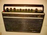 7693-I-Radio Gloria 4- Solid State. Marimi 31/20 cm.