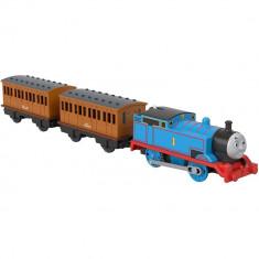 Locomotiva motorizata Thomas cu 2 vagoane Annie si Clarabel