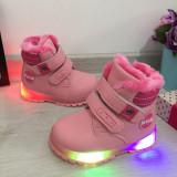 Cumpara ieftin Bocanci roz imblaniti ghete cu lumini led pt fetite bebe 21 22 23, Fete