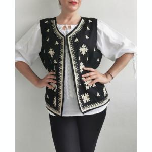 Vesta brodata cu model traditional Alina