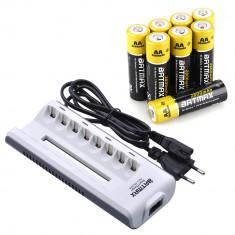 Incarcator Batmax Smart LED Charger pt 8 acumulatori AA, AAA + 8 acumulatori AA