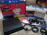 Vand PS4 Slim 1TB, 2 manete, 3 jocuri+cont PSN 13 LUNI