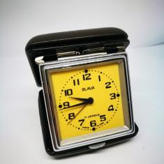 Ceas desteptator de voiaj Slava. NEFUNCTIONAL! Ceas vechi rusesc!
