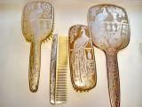 6598- I-Set argintat Toaleta dama vechi marcat MB+2marci pansonate.