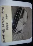 lot 2 fotografii vechi,una cu masina veche de colectie,foto 1958,T.GRATUIT