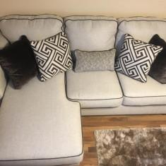 Canapea extensibila Mobexpert