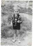BSV Copil cu jucarie pistol-mitraliera automat perioada comunista