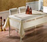 Față de masă Valentini Bianco,160×160 cm, Model cu 2 broderii Crem